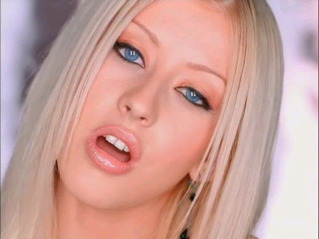 christina aguilera i turn to you